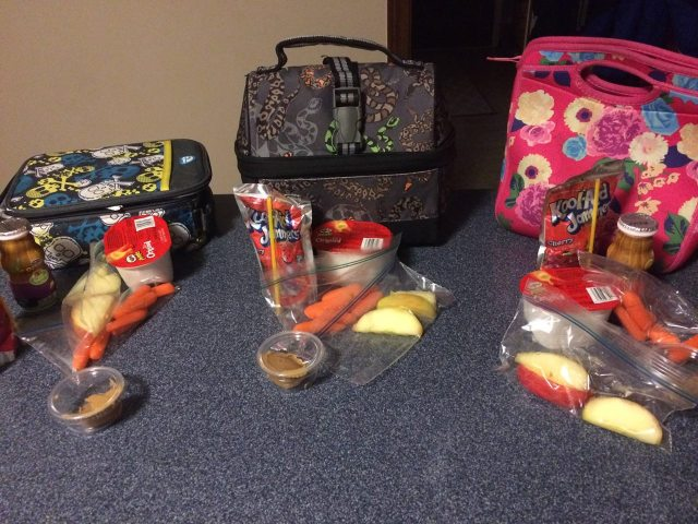 Pack a balanced lunch for kids